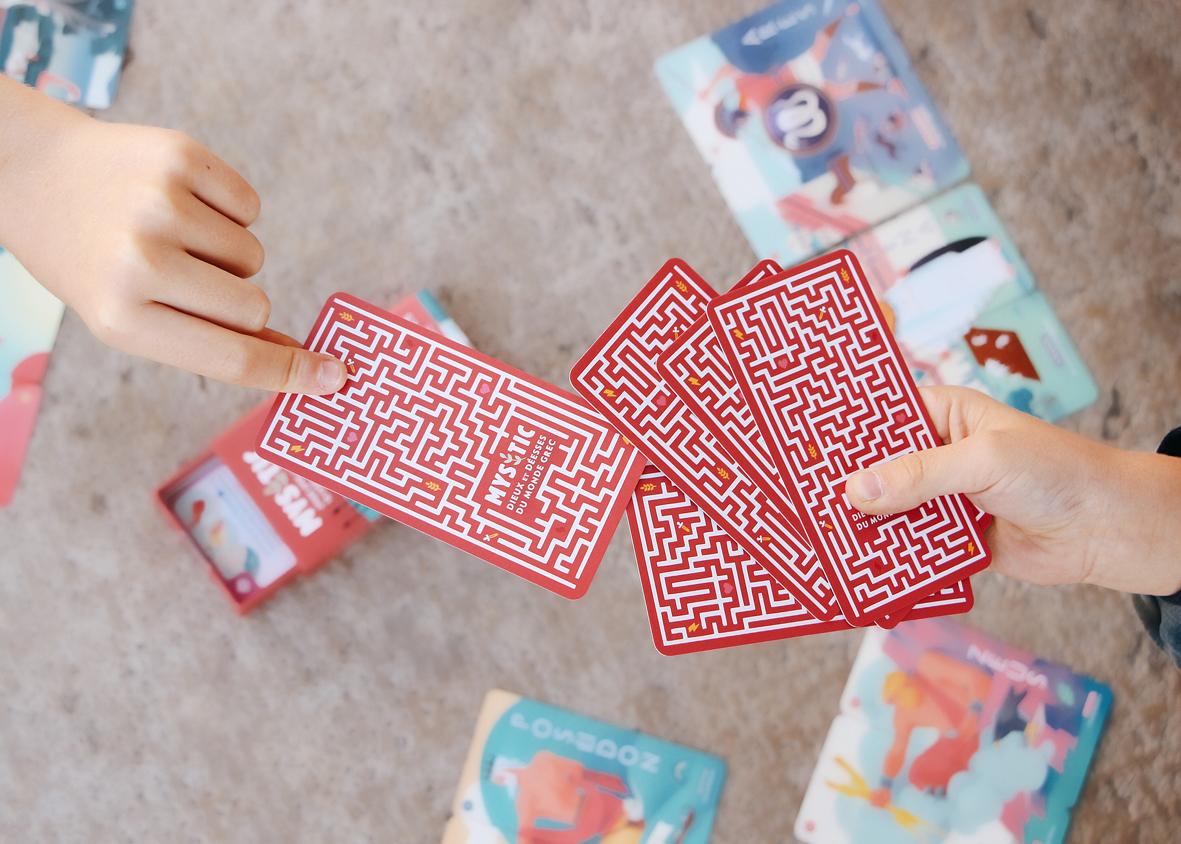 jeu de paires mystic pour reconnaitre les dieux de la mythologie grâce à leurs attributs